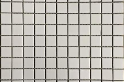 אריחי פסיפס לחיפוי קיר מקרמיקה 1381. פסיפס קרמי 2.5 לבן מט  גודל: 30*30