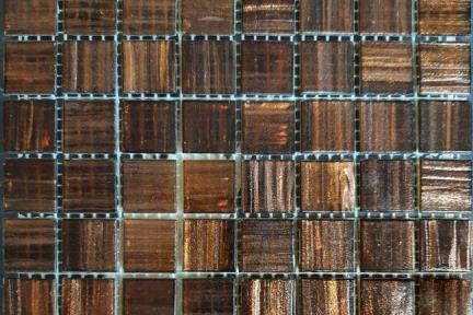 אריחי פסיפס לחיפוי קיר מזכוכית 1002655. פסיפס זכוכית חום + זהב  גודל: 32.5*32.5